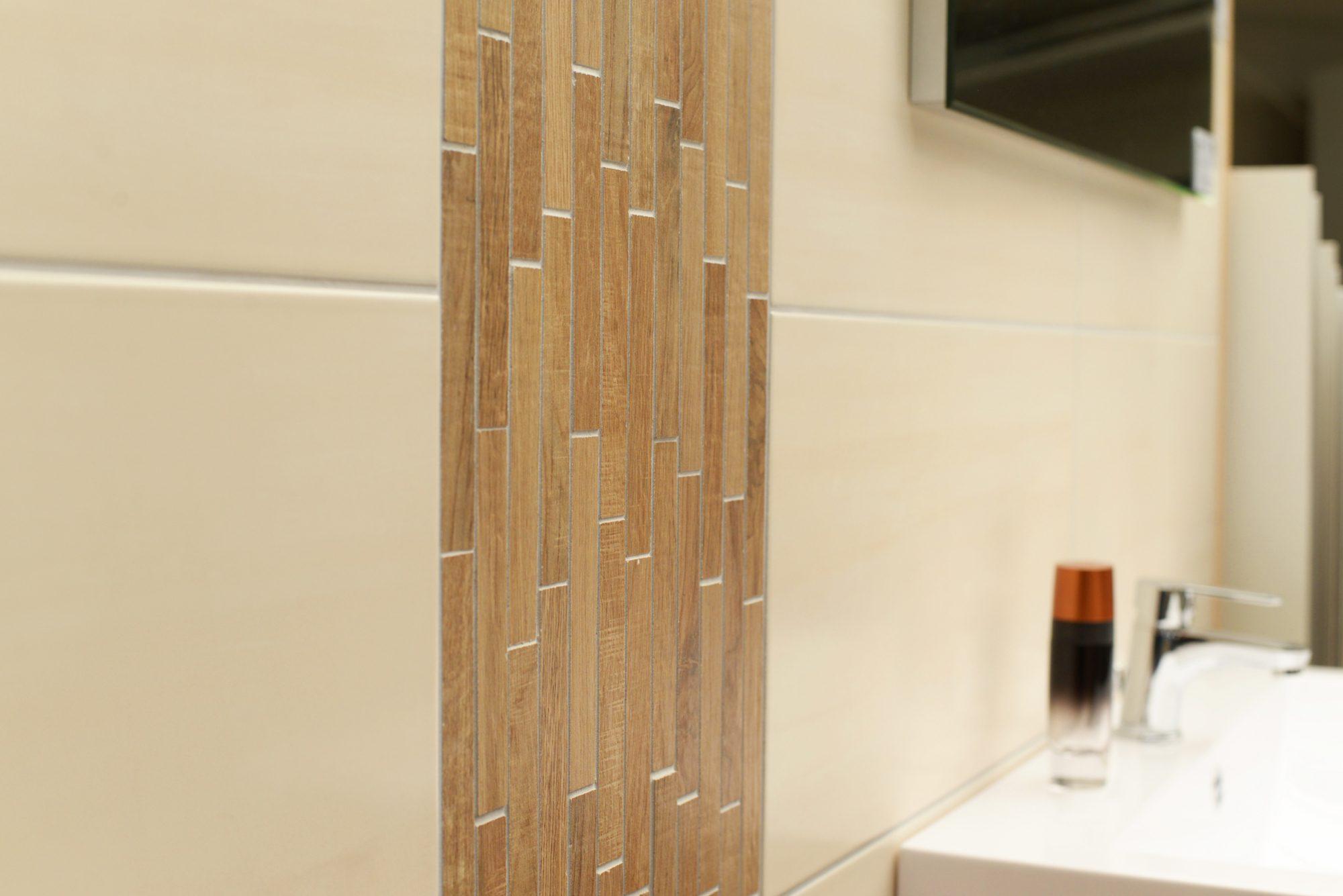 Mosaikfliesen Bad - Boden und Wände im Badezimmer
