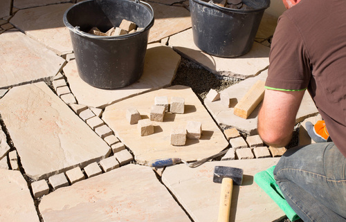 Terrassenplatten Materialien